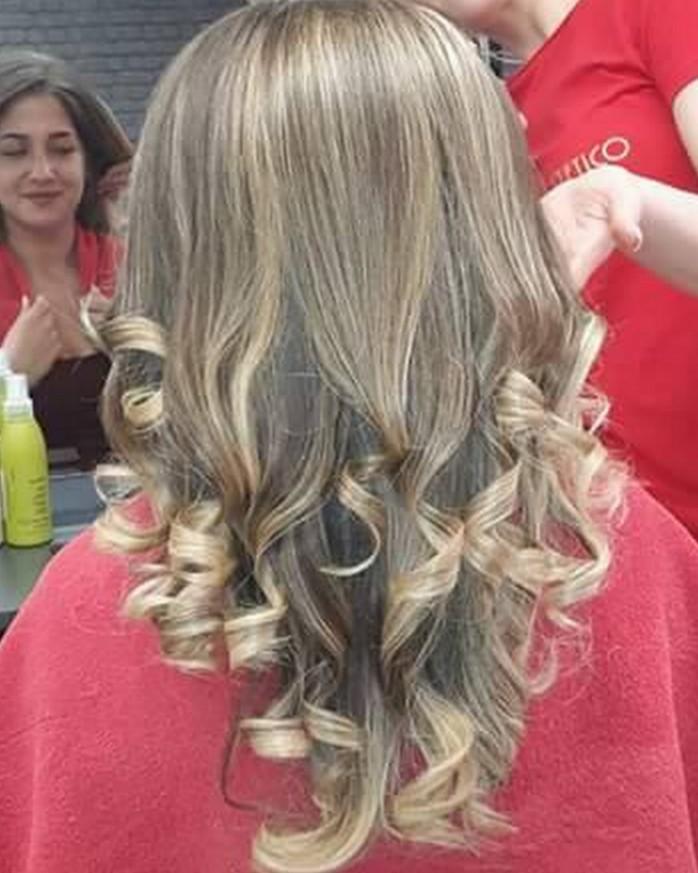 Кичури с шапка на дълга коса