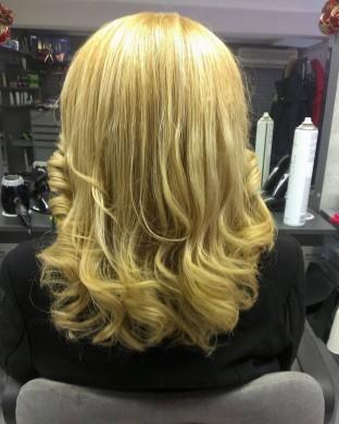 Сешоар на четки - Средно дълга коса